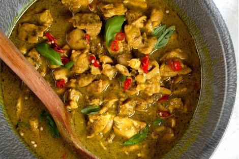 103-150-Green-Curry-Chicken-1500x1000