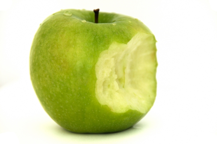 pomme verte croquer #4 granny pomme croquer nourriture fruit isolé isoler détourer détouré , green apple bite food isolated fruit isolate crop cropped